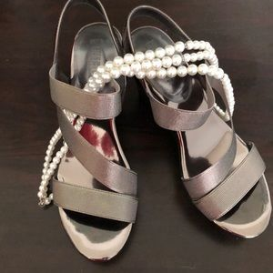 Shoes - Like new wedge sandals